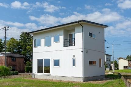 上越市新築住宅|注文住宅|ミニマリスト|シンプル|家を建てるのが夢|外観