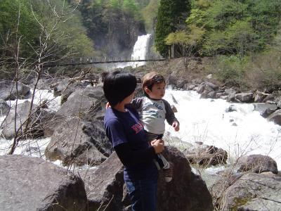 苗名の滝_3