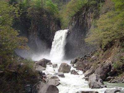 苗名の滝_5