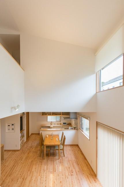 上越市新築住宅|注文住宅|家事動線|家族時間|大きくたくさんの収納|趣味の読書