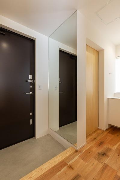 上越市新築住宅|注文住宅|ミニマリスト|シンプル|家を建てるのが夢|玄関