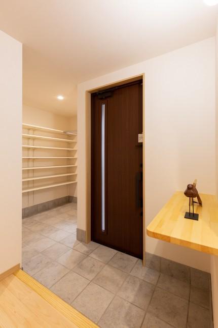 上越市新築住宅|注文住宅|二世帯住宅|建て替え|コンパクトに暮らす|自然落雪|玄関