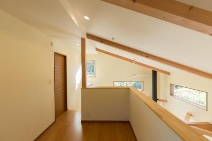 上越市大貫新築住宅|注文住宅|薪ストーブライフ|吹き抜け