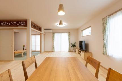 上越市新築住宅|注文住宅|二世帯住宅|建て替え|コンパクトに暮らす|自然落雪|欄間