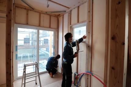 |カネタ建設|上越市|新築住宅|気密検査|現場|気密住宅|高気密|