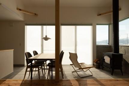 |上越市新築住宅|注文住宅|薪ストーブのある暮らし|自然と暮らす家|あたたかい家|土間リビング|土間のある暮らし|薪ストーブ|炎のある暮らし|薪ストーブ|上越市|大和|カネタ建設