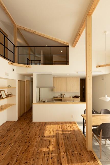 新潟県上越市の注文住宅 薪ストーブのある家 カネタ建設 